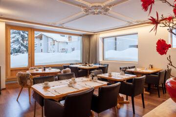 HOTEL CERVUS (GARNI) St. Moritz