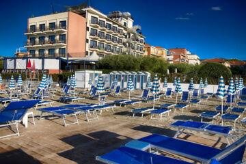 HOTEL SPLENDID Diano Marina